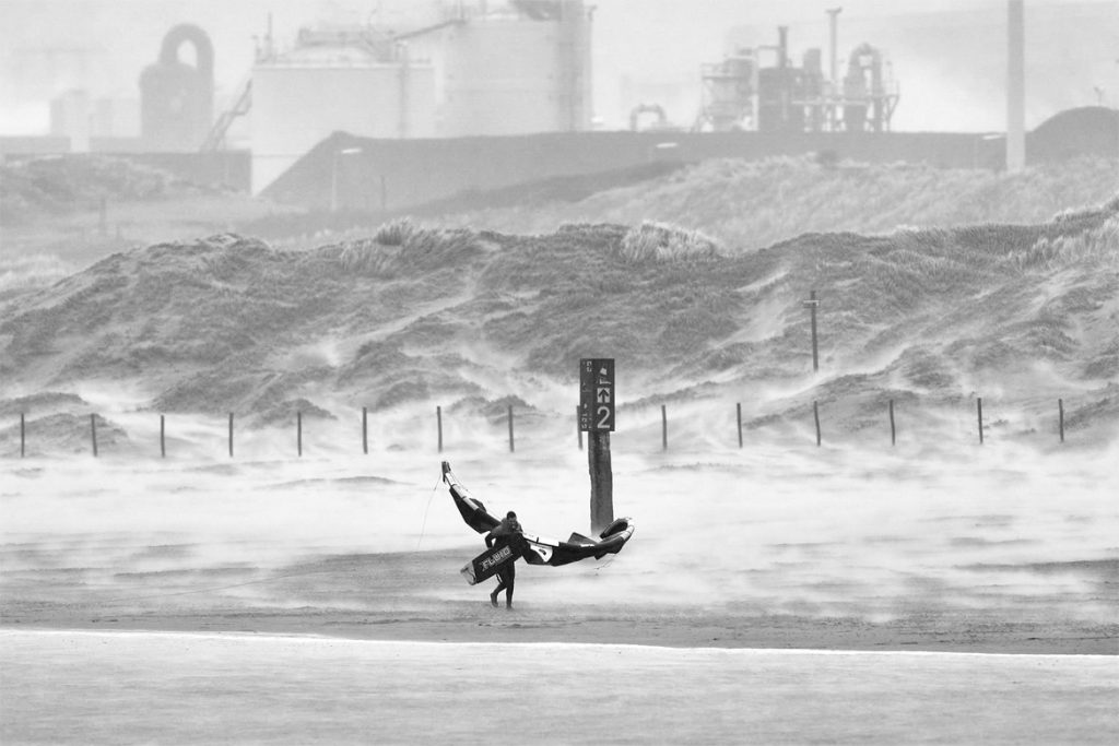 big air high performance kitesurfing with gilion Fluid kiteboarding XTR and sky v4