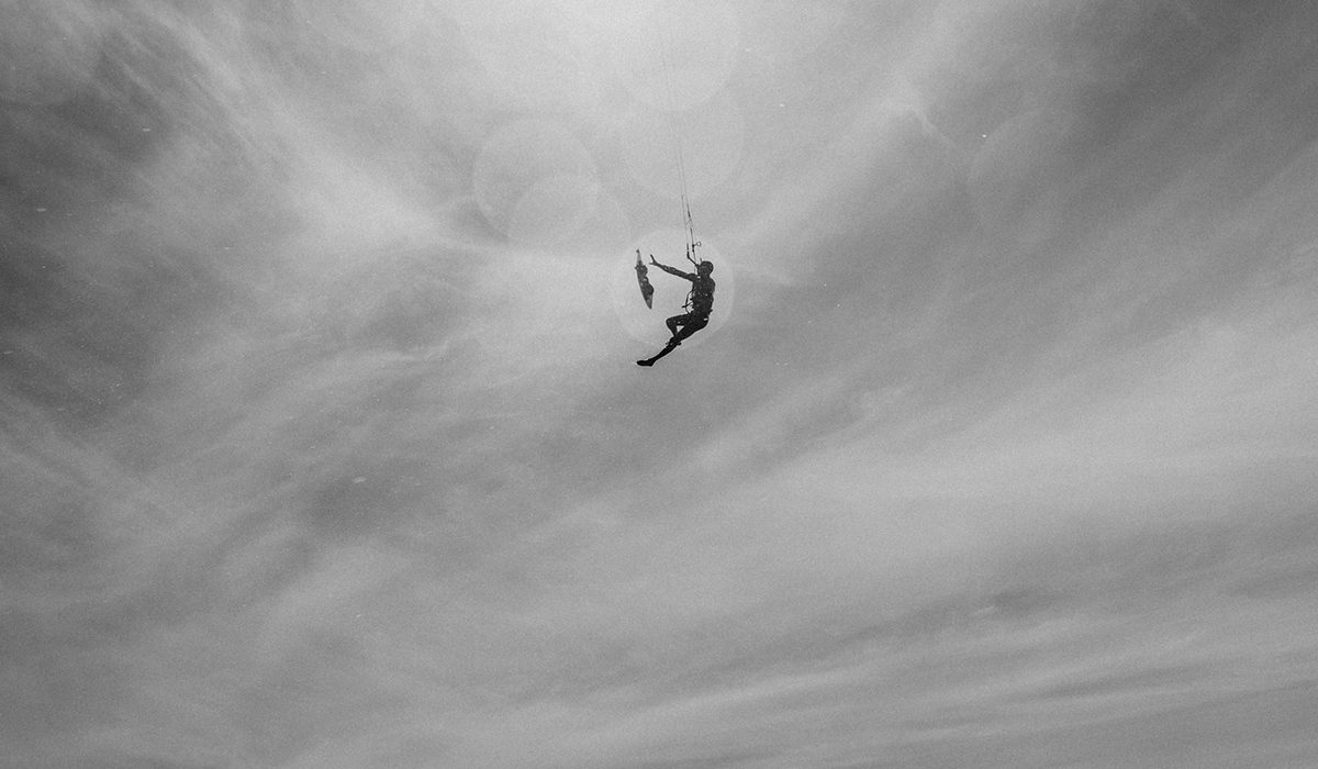Fluid kiteboarding boardoff kitesurfing ilja huner photo by
